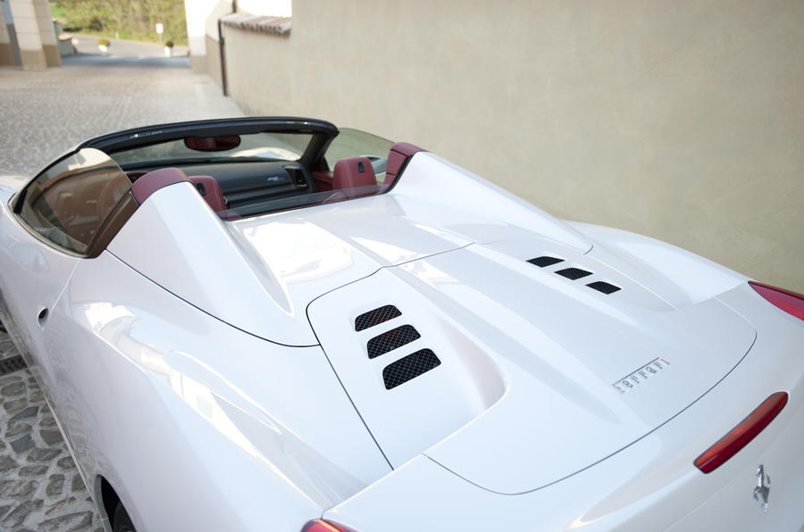 Ferrari 458 Spider rear