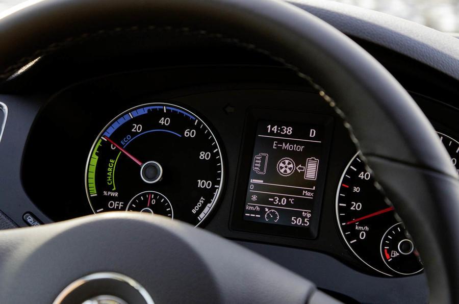 Volkswagen Jetta Hybrid instrument cluster