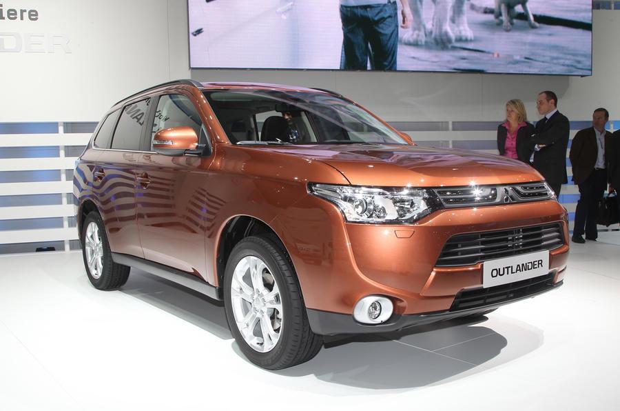 Geneva show 2012: Mitsubishi Outlander