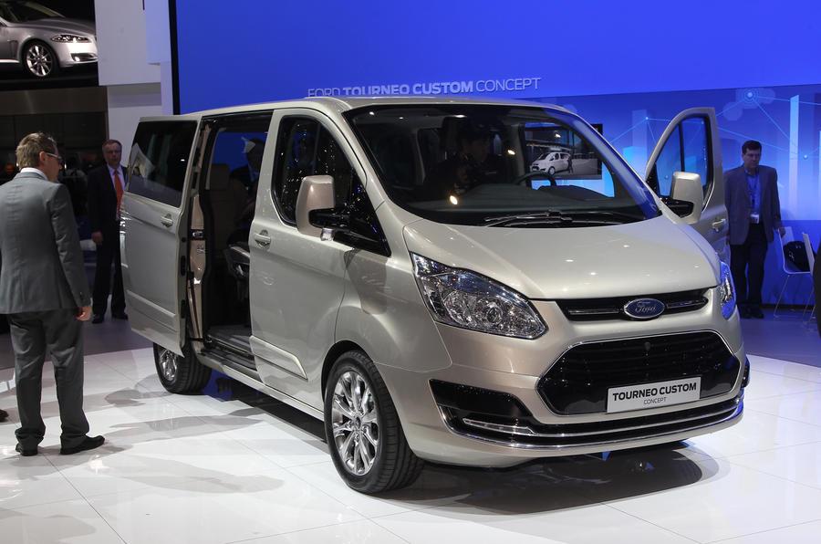 Geneva 2012: Ford Transit Tourneo