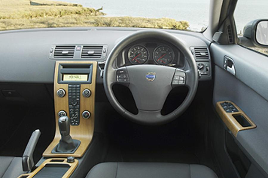 Volvo V50 1.6D DRIVe SE Lux review | Autocar