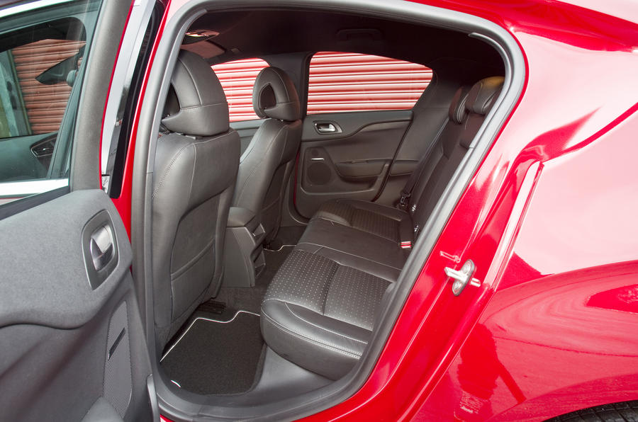 Citroën DS4 rear seats
