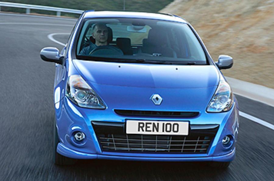 Renault Clio GT 128 cornering