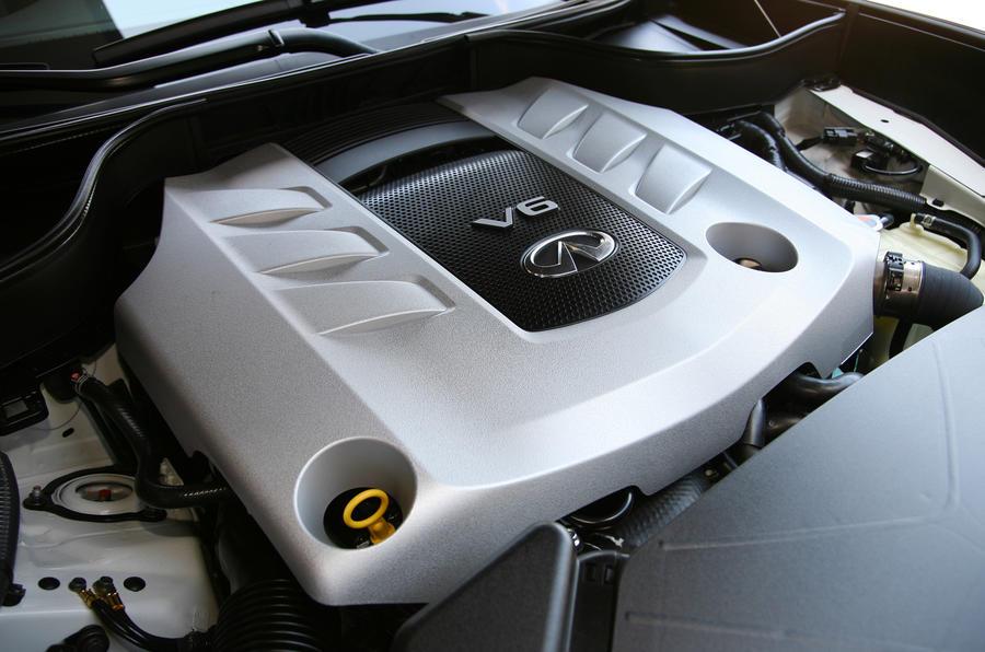 3.0-litre V6 Infiniti FX30d diesel engine
