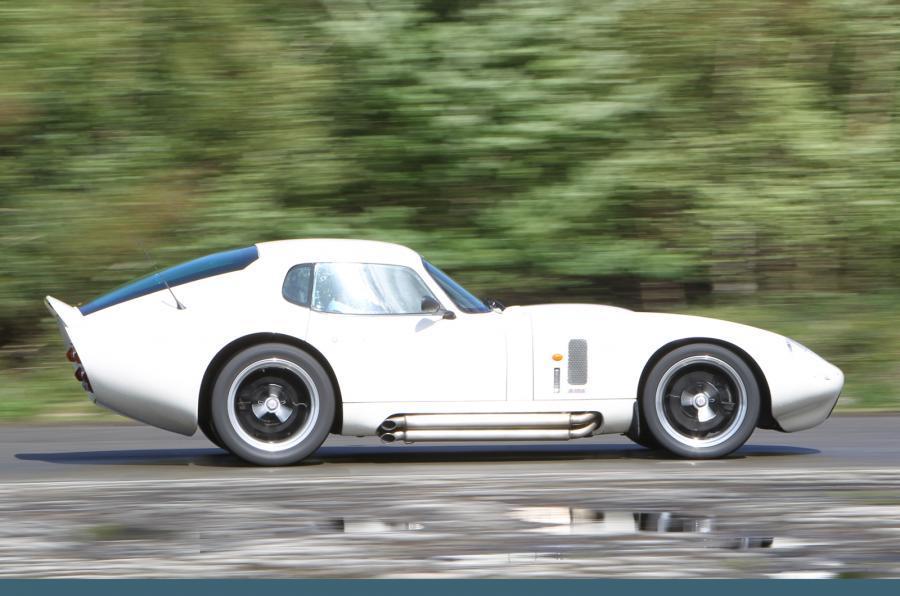 Shelby Daytona Cobra side profile