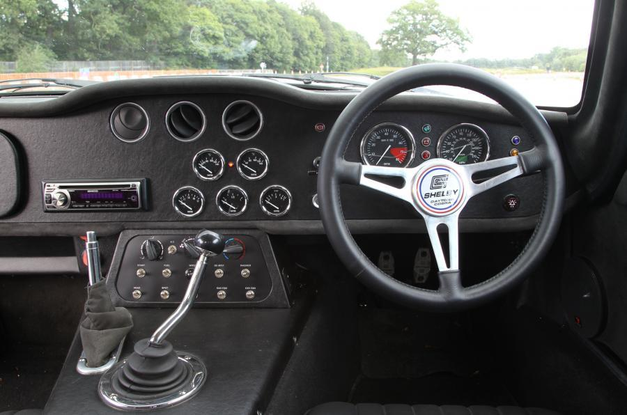 Shelby Daytona Cobra Coupé dashboard