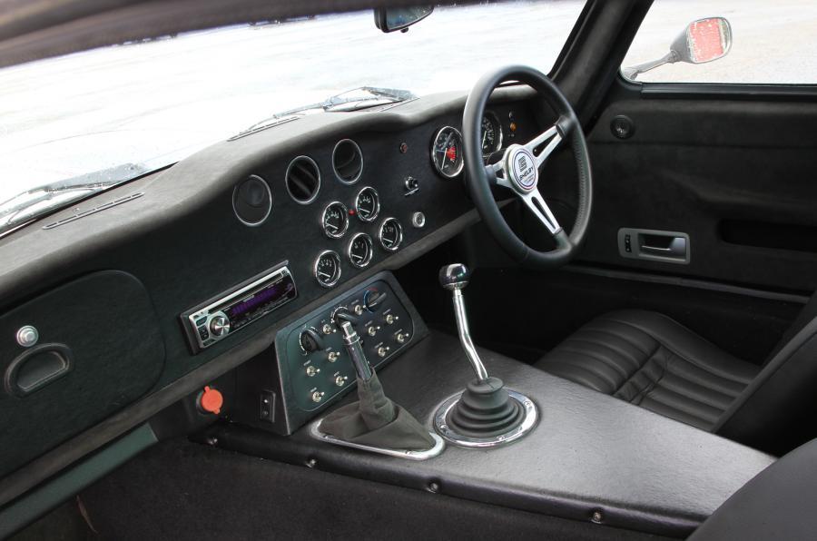 Shelby Daytona Cobra Coupé interior