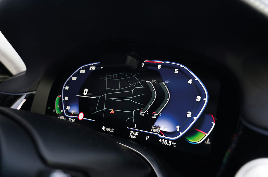 Alpina B7 2019 review - digital instrument cluster