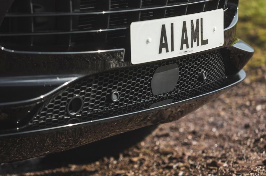 Examen de l'essai routier de l'Aston Martin DBX 2020 - ADAS
