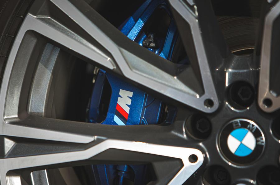 BMW X7 2020 : révision de l'essai routier - étriers de frein