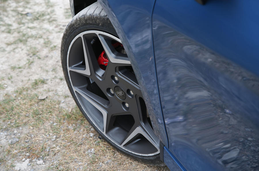 Ford Fiesta ST 2018 road test review alloy wheels details