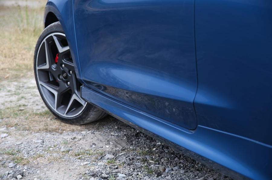 Ford Fiesta ST 2018 road test review side sills