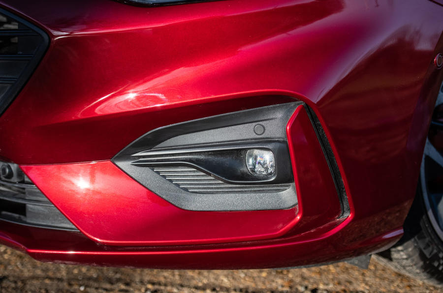 Ford Focus ST-line X 2019 road test review - foglights