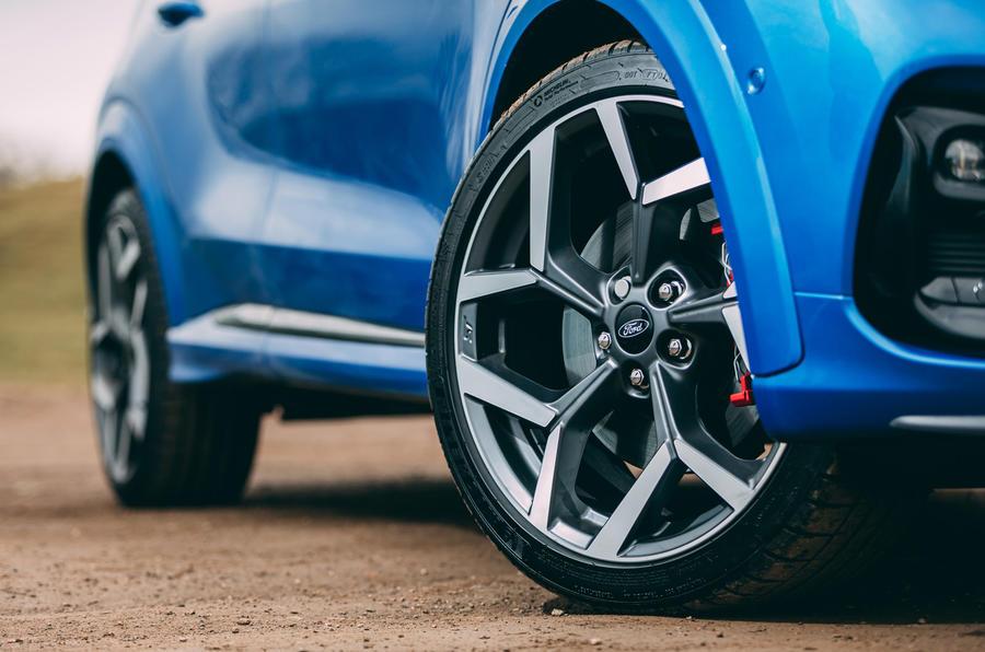 7 Ford Puma ST 2021 : essai routier des jantes en alliage