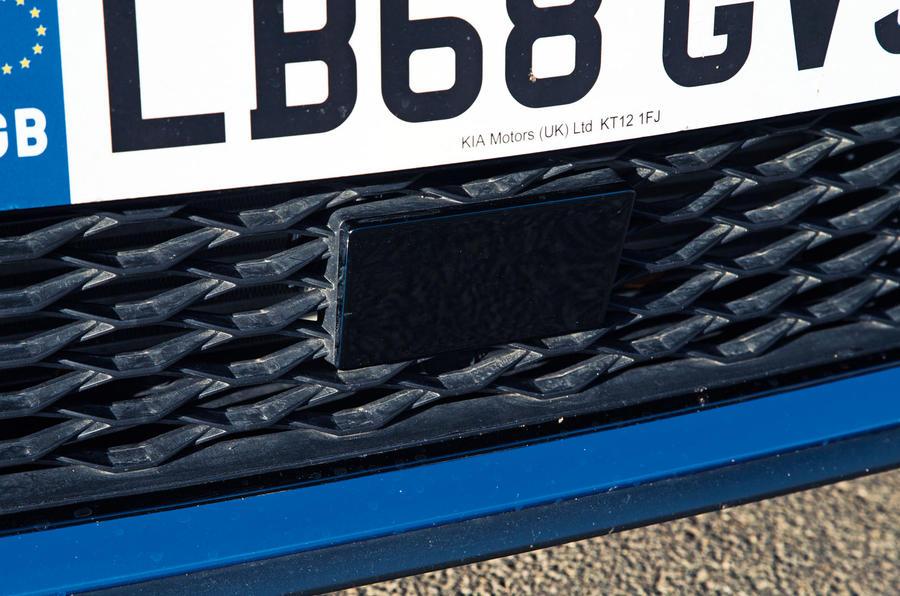 Kia Proceed GT-Line 2019 road test review - ADAS camera