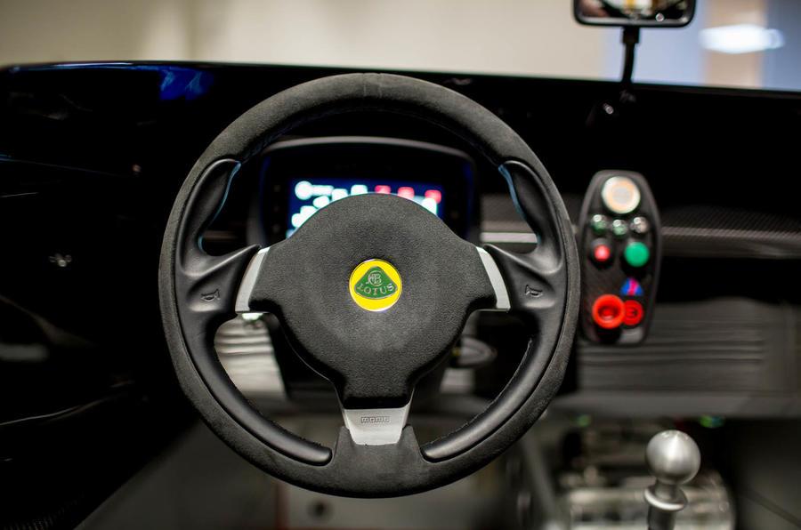 Lotus 3-Eleven 430 review steering wheel
