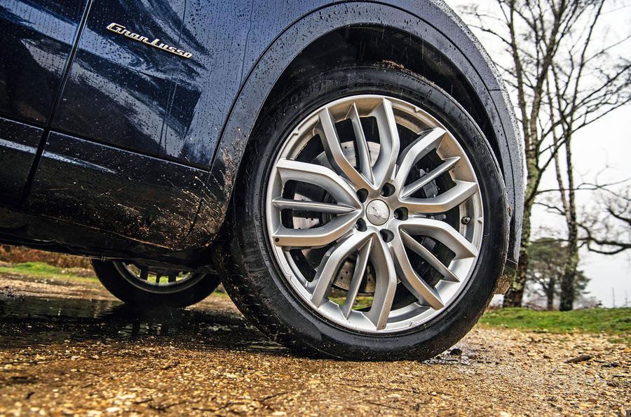 Maserati Levante S GranLusso 2019 road test review - alloy wheels