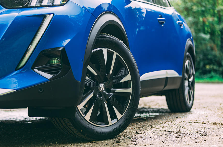 Peugeot e-2008 2020 road test review - alloy wheels