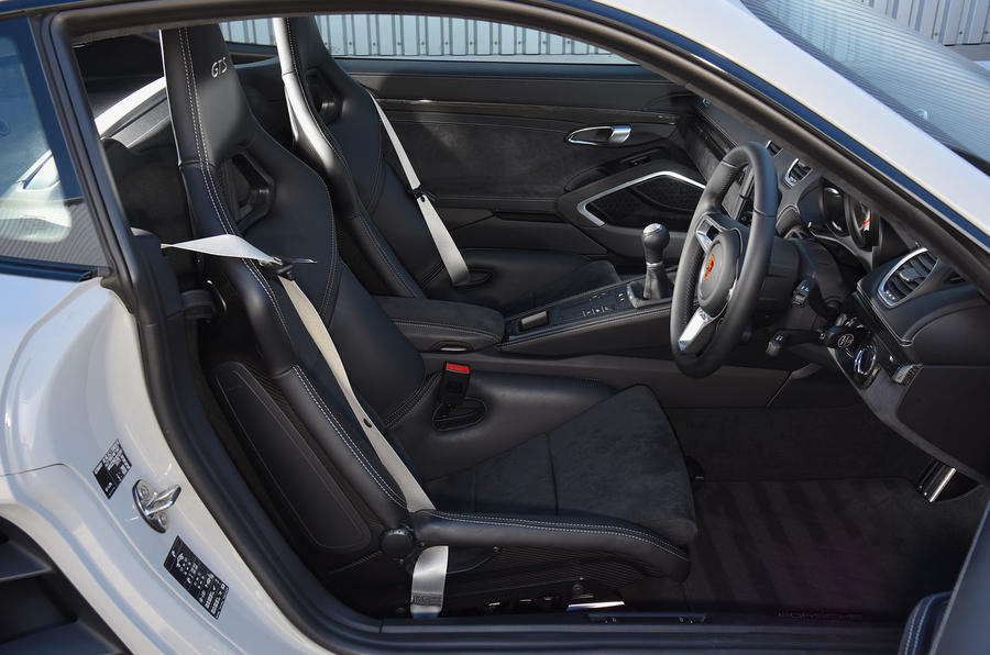 Porsche 718 Cayman GTS 2018 review cabin