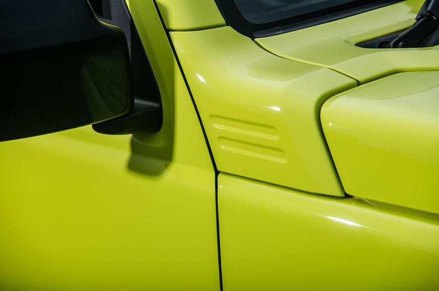 Suzuki Jimny 2018 road test review - wing mirrors