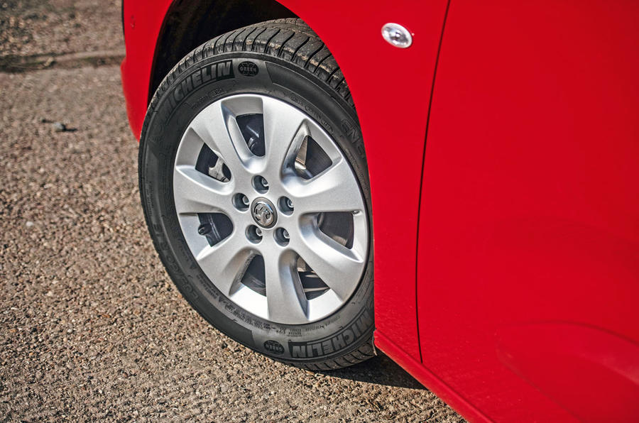 Vauxhall Combo Life 2018 road test review - alloy wheels