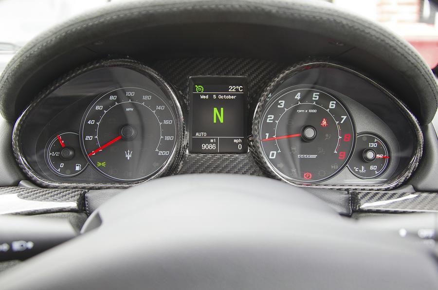 Maserati GranTurismo instrument cluster