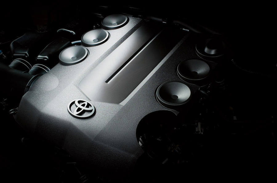 3.0-litre Toyota Land Cruiser diesel engine