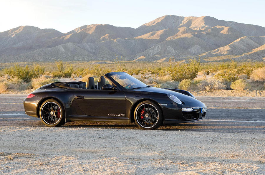 Porsche 911 GTS Cabriolet side profile