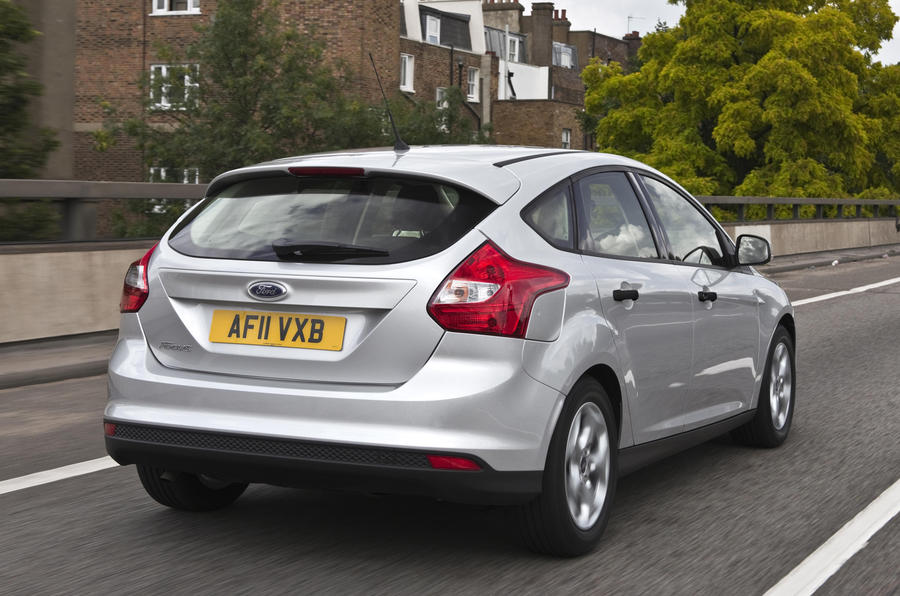 ford focus 1 0 ecoboost zetec first uk drive. Black Bedroom Furniture Sets. Home Design Ideas