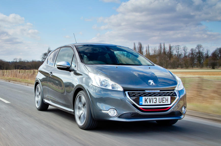 Hot Peugeot 208 R under consideration