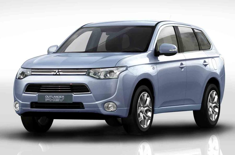New Mitsubishi Outlander PHEV reaches 148mpg