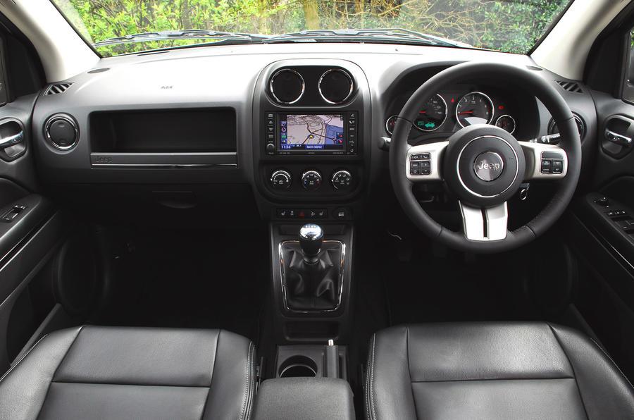 Jeep Compass 2.2 CRD dashboard