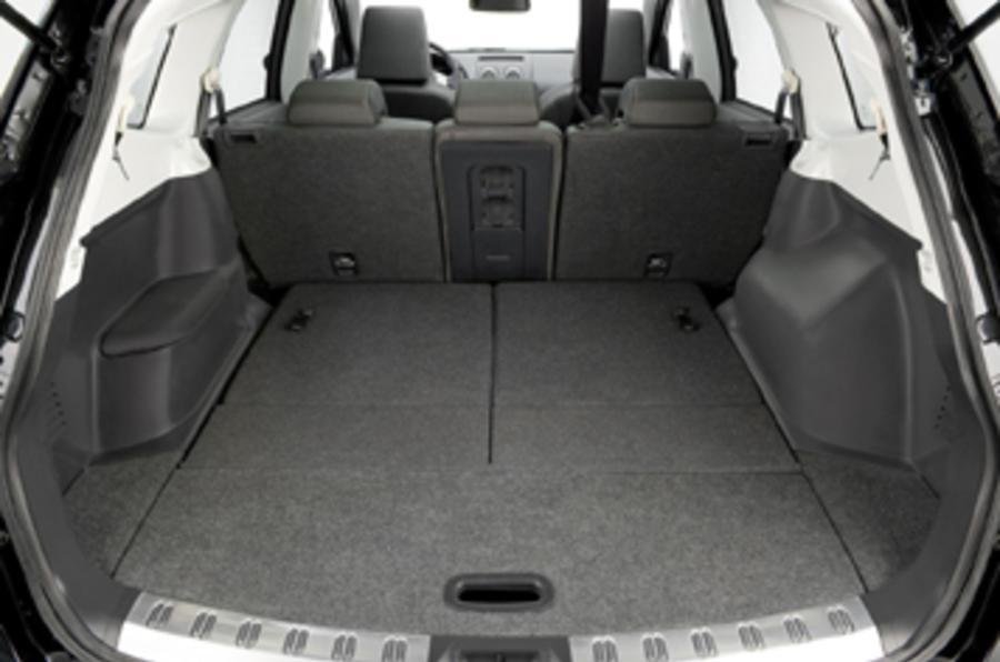 Nissan Qashqai 2 2 0 Dci Tekna Review Autocar
