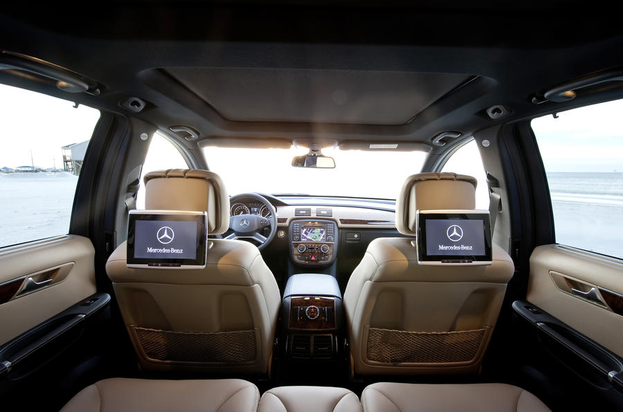 Mercedes-Benz R 350 CDI rear screens