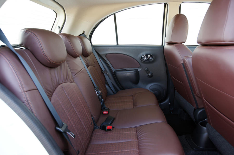 Nissan Micra DIG-S rear seats