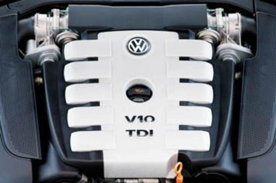 Vw Phaeton 50 V10 Tdi Review Autocar