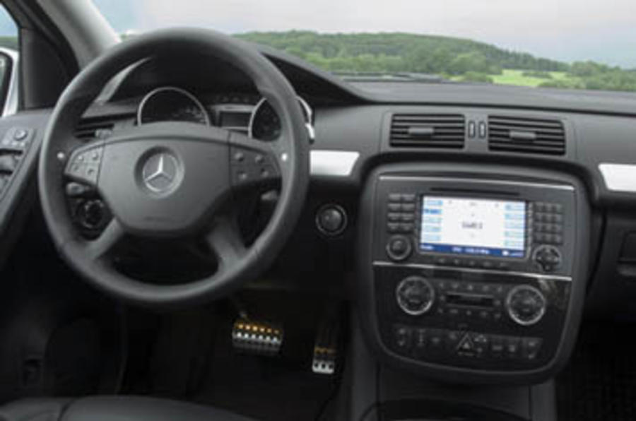 Mercedes-Benz R63L AMG