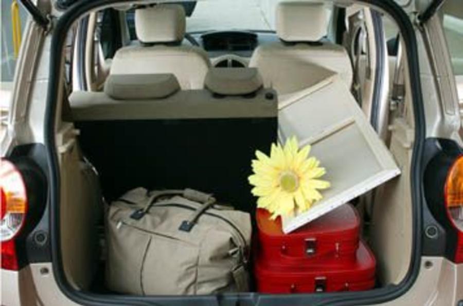 renault modus 1 5 dci review autocar. Black Bedroom Furniture Sets. Home Design Ideas