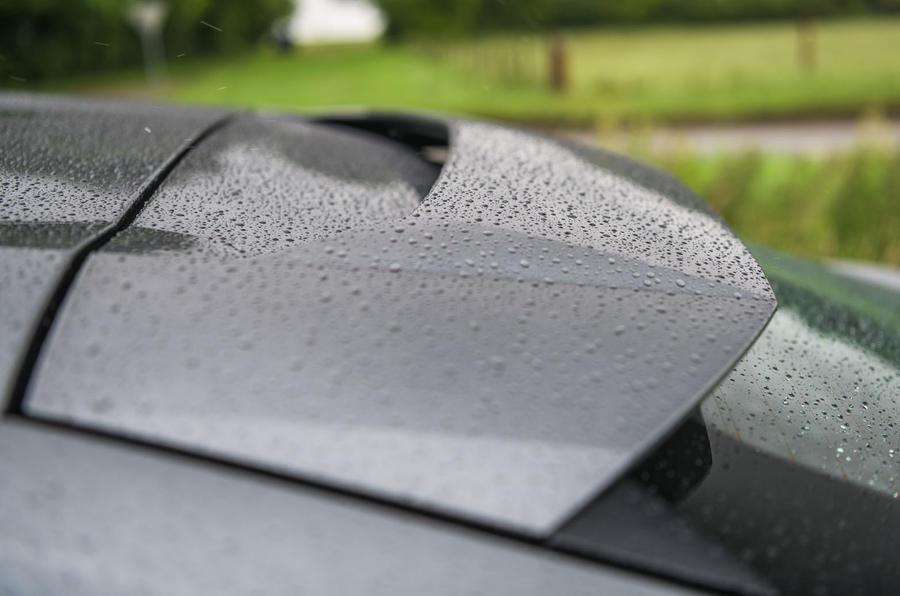 Lamborghini Urus 2019 road test review - spoiler