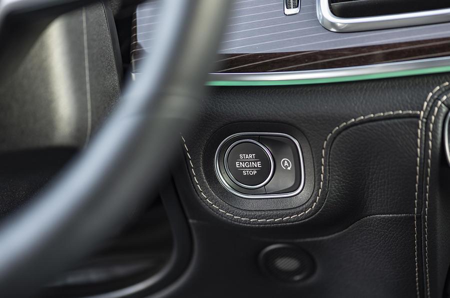 Mercedes-Benz GLE 2018 review - start button