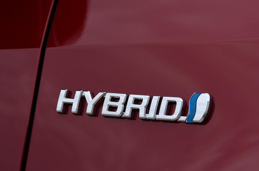 Examen de l'essai routier de la Toyota Yaris 2020 - badge arrière