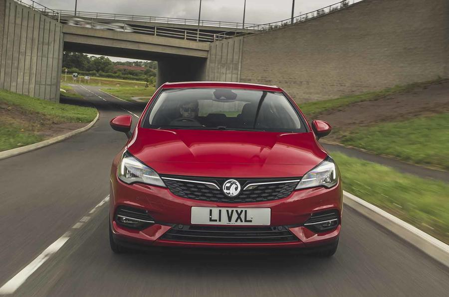 Vauxhall Astra 2019 road test review - on the road nose