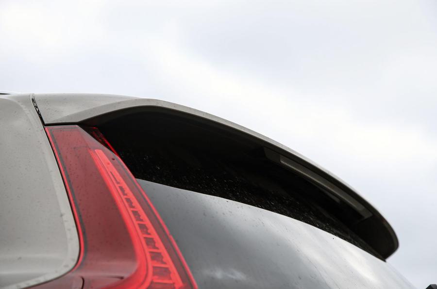 Volvo V60 2018 road test review spoiler