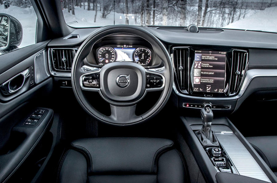 Volvo V60 Cross Country 2019 road test review - dashboard