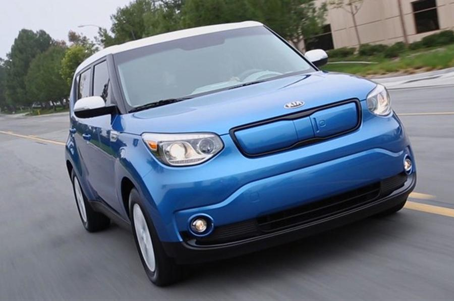 Wraps come off the Kia Soul EV at Chicago motor show