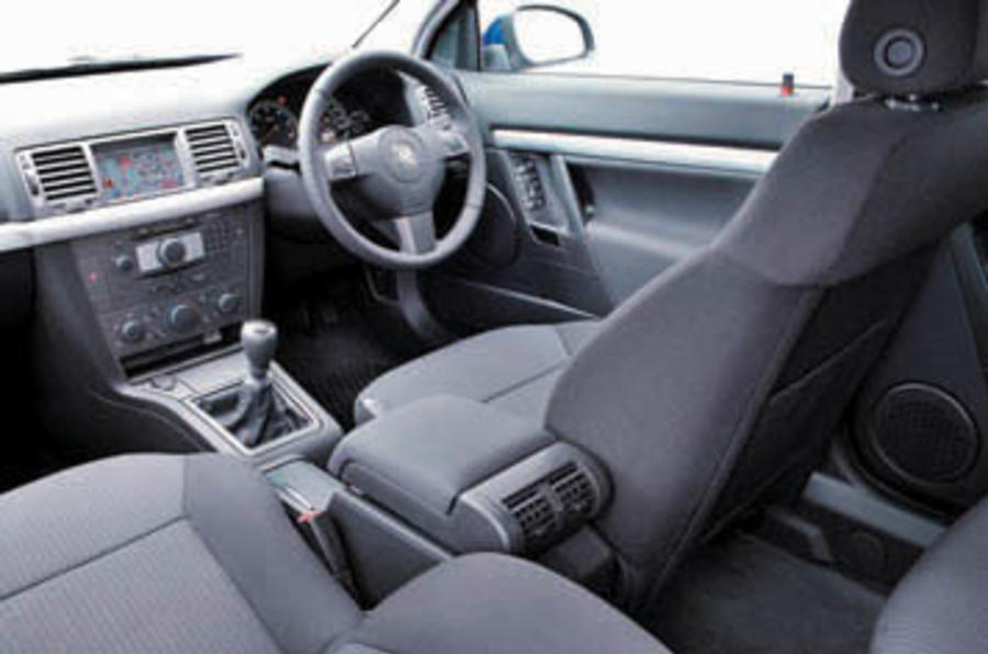 Vauxhall Signum 3.0 CDTi