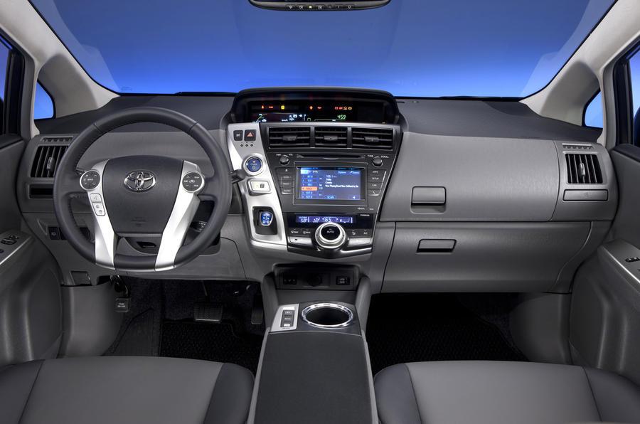 Toyota Prius+ dashboard