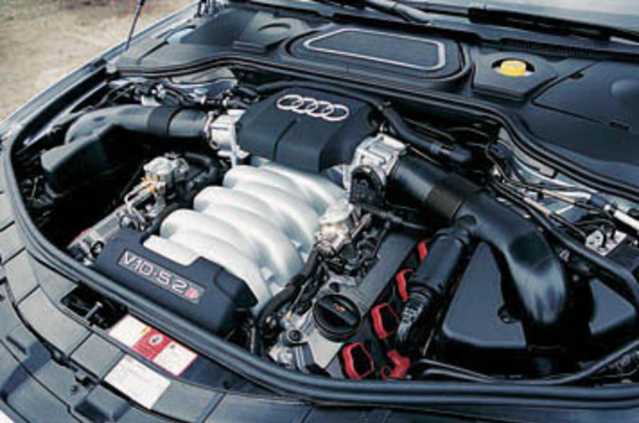 Audi S8 Lamborghini Engine – Idea di immagine auto