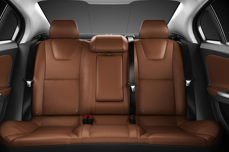 Volvo S60 T6 rear seats