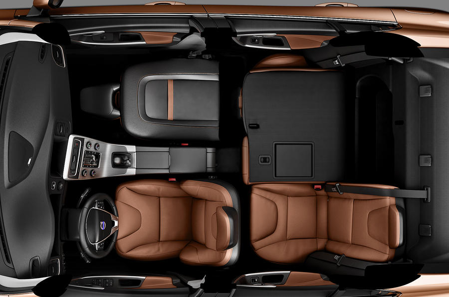 Volvo S60 T6 seating layout